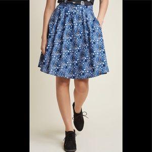 NWOT Retrolicious Midnight Kitty Skirt